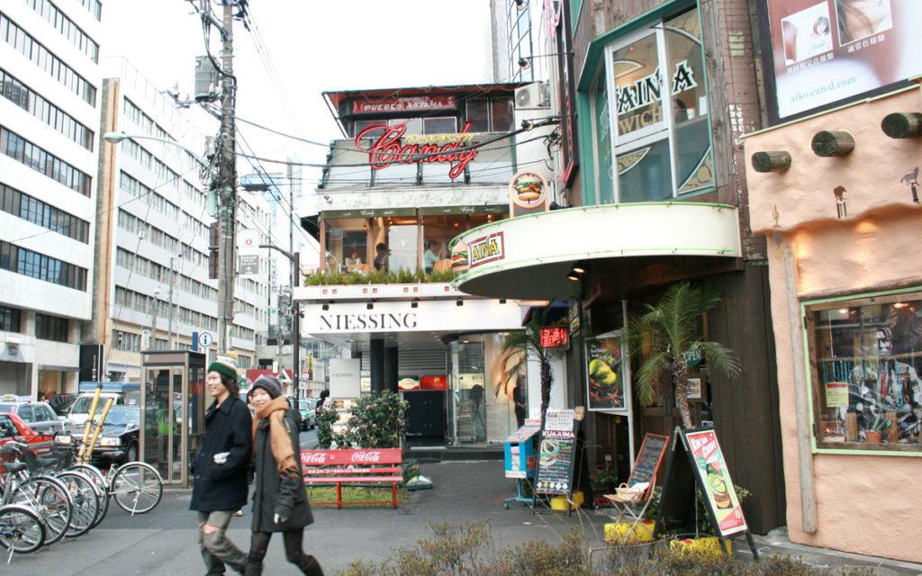 日本有数の魅力的スポット!表参道で美味しいクラフトビールを飲めるバーを紹介