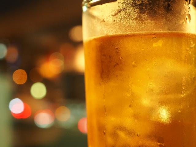 お酒好きでも楽しめる!西麻布でクラフトビールが飲めるパブを紹介